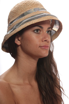 straw cloche with bands of printed muslin  - 76