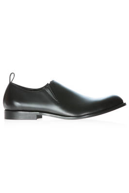long and thin shoe in cowhide leather and rubber sole  - 48