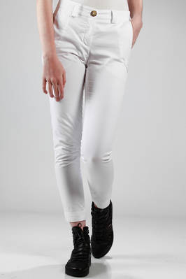 ankle-length trousers in cotton twill  - 274