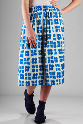 calf-length skirt in washed cotton with graphic squares and flowers printing  - 195