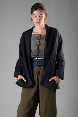 wide jacket in linen canvas with the back part in contrasting colour  - 277