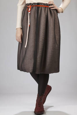 calf-length skirt in wool bouclé and lined in black silk voile  - 195