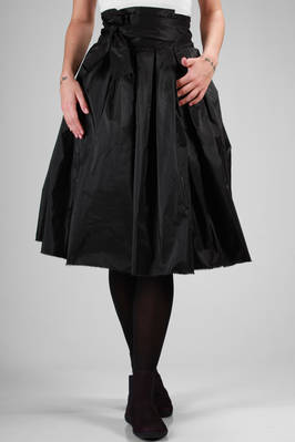 calf-length pleated skirt in smooth silk taffeta  - 195