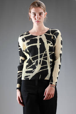 long sleeve t-shirt in vertical pleated polyester with a colour spots effect  - 111