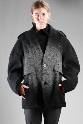 knee-length pea coat in wool cloth with chevron imprinted light circle at the centre  - 281
