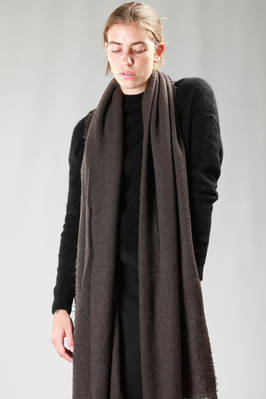 very wide scarf in cashmere wool with a knitter effect  - 120