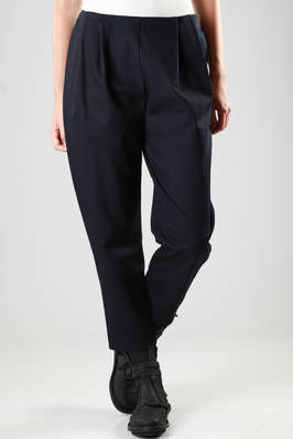 wide trousers with four darts on the front in heavy cotton  - 277