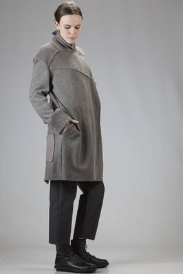 knee-length in pure new wool cloth with peeling effect felted and dusty - UN-NAMABLE