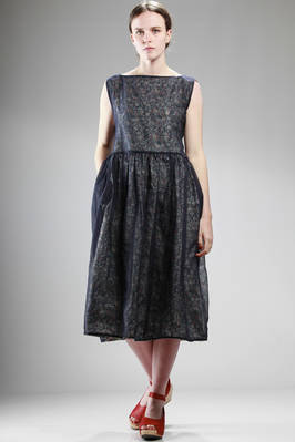 wide calf-length dress, doubled: cotton liberty on one side and the other in linen plain gauze  - 195