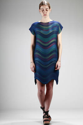 knee-length dress made with the 'Baked Stretch' pleated polyester with wave horizontal multicolour stripes  - 47
