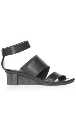 PULSE sandal in soft cowhide leather with two diagonal bands  - 51