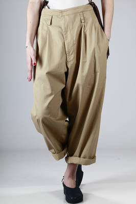 baggy trousers in Burberry light cotton canvas with contrasting colour braces  - 97