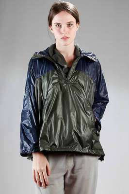 short raincoat in light nylon taffetas with different colors and polyester net  - 121