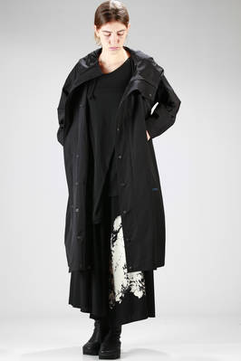 long overcoat in high-tech cotton and polyamide canvas  - 73