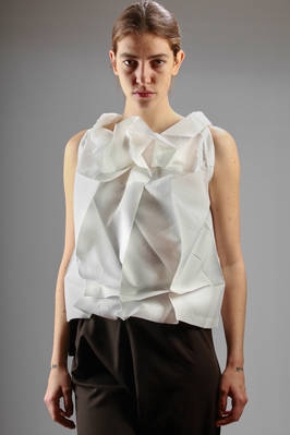 132 5. Issey Miyake – origami top in recycled polyester canvas with silver brushed parts  - 47