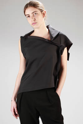 132 5. Issey Miyake – origami short top in recycled polyester  - 47