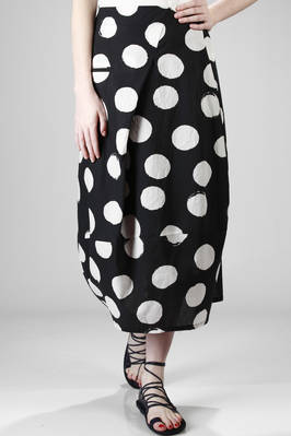 long tulip skirt in light cotton canvas with big and irregular polkadots with a painted effect  - 292