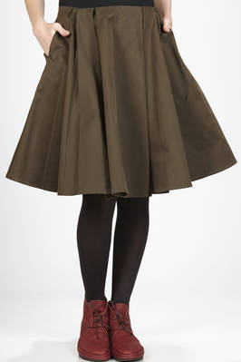 calf-length skirt in heavy cotton cloth - A PUNTO B