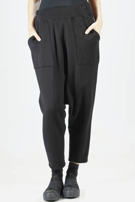 Sarouel trousers in Japanese urake jersey, which maintains its appearance over time  - 121