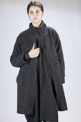 Below the knee polyester and wool coat with internal line in cupro  - 121