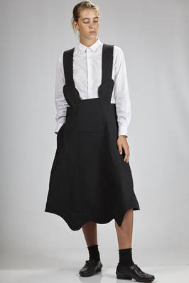 knee-length skirt in pressed wool gabardine on polyester cloth  - 48