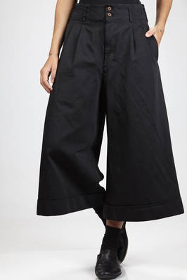 wide trousers in treated polyester techno cloth  - 48