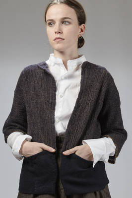 short jacket in washed melange wool cloth with the bottom in solid color double wool crêpe  - 195