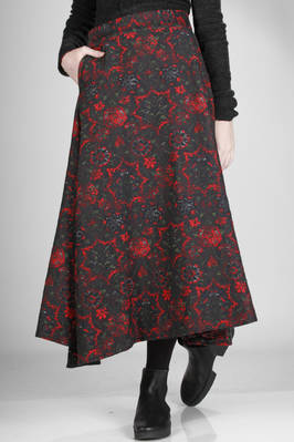 long and asymmetrical cotton skirt in floral tapestry knit  - 97