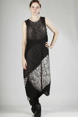 polyester midi dress with horizontal pleats, hand-finished lunar design with black stripes  - 47