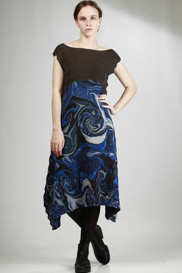 midi dress with hand-finished pleats, polyester silk in block colour and hand-crafted 'ocean tides' design  - 47
