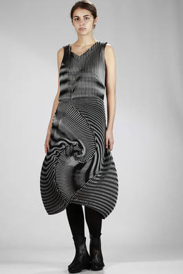 steam stretch pleated longuette dress in triacetate, polyester and polyurethane, optical two-tone  - 47