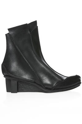 SALT ankle boot in cowhide leather with external stitching and rubber heel  - 51