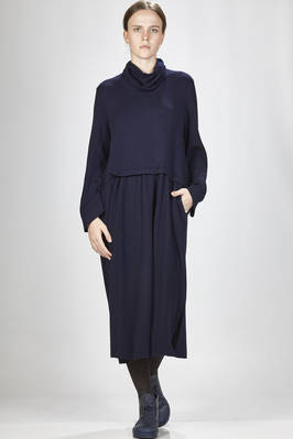 wide longuette dress in extra fine merinos wool, polyamide and elastane straight stitched cloth  - 227