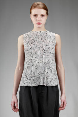 hip length top in polyester plissé with vertical narrow line with 'pink granite' effect print  - 111