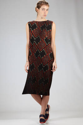 calf length dress in diagonal striped lightweight polyester plissé with solid color and graphic print  - 47