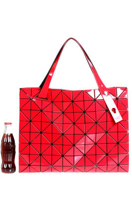 rectangle shopper bag of medium dimensions made of triangular polished PVC plates repeated through an origami calculation on a nylon net base  - 237