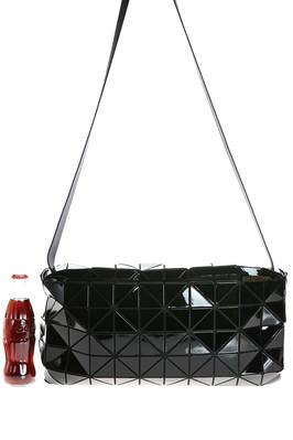 bag shaped as an inverted trunk of medium dimensions made of triangular polished PVC plates repeated through an origami calculation on a nylon net base  - 237