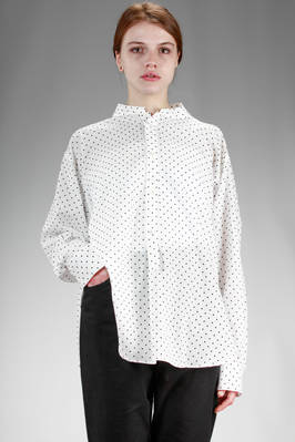 wide shirt in light cotton and tencel cloth with polka dot pattern  - 97