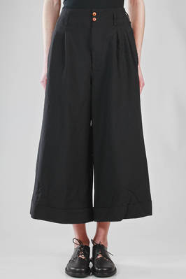 wide trousers in techno fabric of heavy polyester  - 48