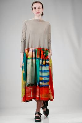 calf length dress in solid colour linen cloth and printed silk crêpe de chine  - 195