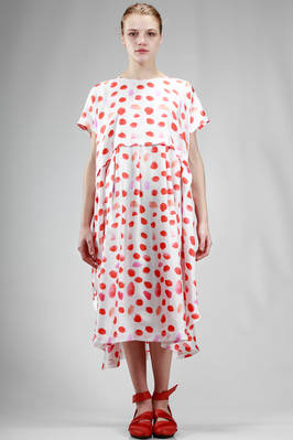 calf length dress in silk twill with irregular red and orange polka dots print  - 195