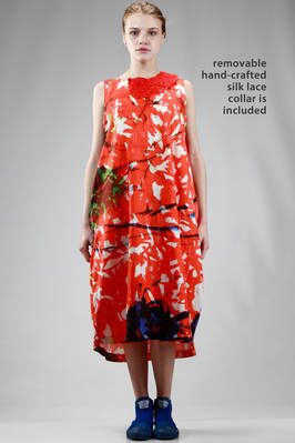 calf length dress in linen cloth with brushstrokes and removable small embroidered collar in silk taffetas  - 195
