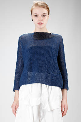 hip length sweater in garter stitch washed linen with removable small collar in silk taffetas  - 195