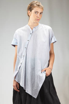 wide and asymmetric shirt in silk and cotton cloth with 'mans shirt' lines  - 161