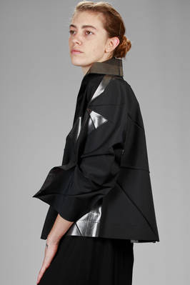 132 5. Issey Miyake – wide jacket with origami algorithmic development of bicolor polyester cloth - ISSEY MIYAKE