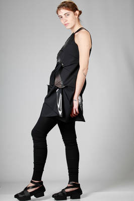 132 5. Issey Miyake – asymmetric tunic with origami algorithmic development of bicolor recycled polyester cloth - ISSEY MIYAKE