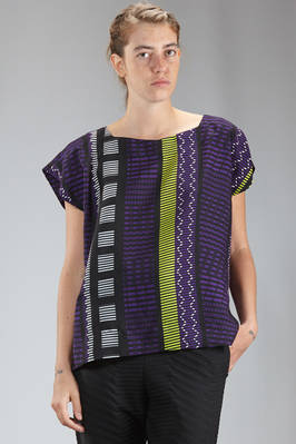 hip length top in smooth polyester cloth with multicolor graphic pattern  - 47