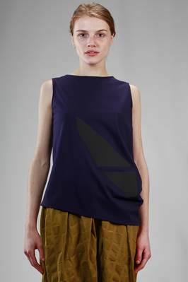 hip length top in cotton jersey with thermo welded tone on tone geometric insert  - 47