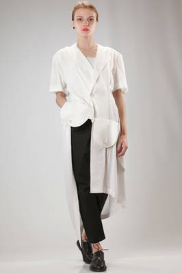 long and asymmetric jacket in viscose, linen and ramiè cloth with parts in cotton and linen  - 73