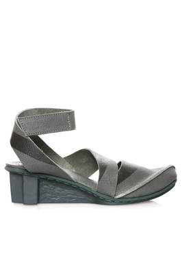 STRICT sandal in soft cowhide leather and crossed T shaped rubber sole  - 51
